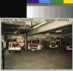 Gén: photographie; positif couleur. mots clés: lausanne; police